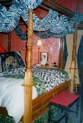 Seven Sisters Inn Ocala, Ken's Room