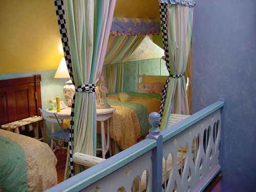 Seven Sisters B&B in Ocala, Lotty's room (loft)