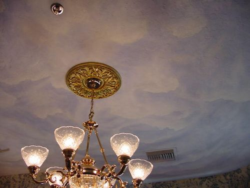 Seven Sisters B&B, Ocala, FL, ceiling in Paris room