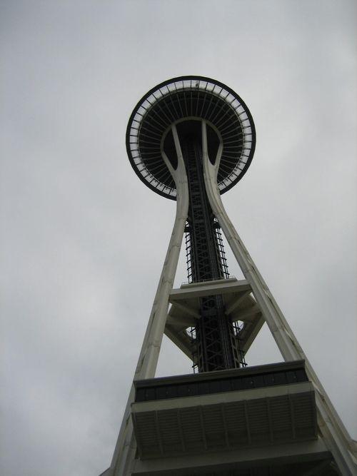 Ashley, Brenna and Kim visit Seattle July 09 049