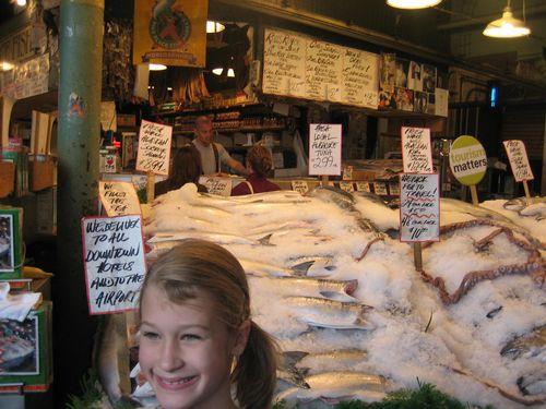 Ashley, Brenna and Kim visit Seattle July 09 023