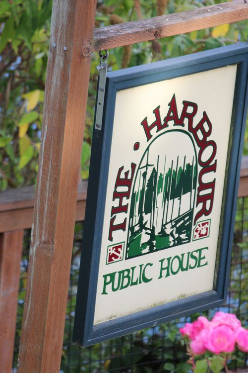 Harbor Public House and Bainbridge Island 067