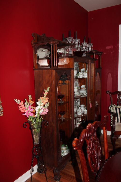 Dining room  Heirloom Red Vlaspar from Lowe's 055
