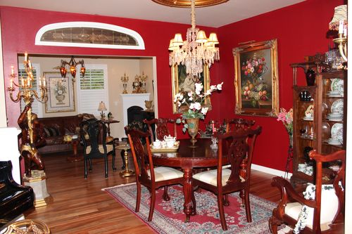 Dining room  Heirloom Red Vlaspar from Lowe's 019