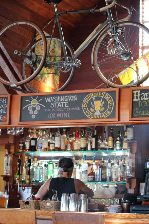 Harbor Public House and Bainbridge Island 063
