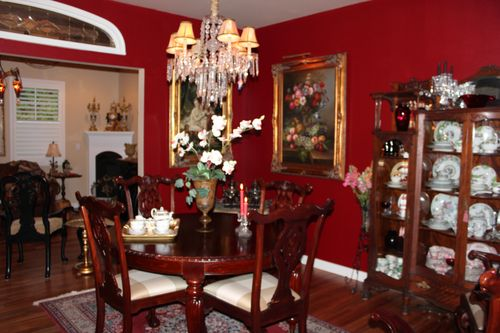 Dining room  Heirloom Red Vlaspar from Lowe's 050