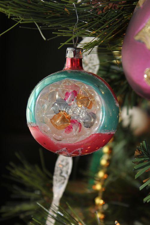 Christmas holiday decor 2011 026