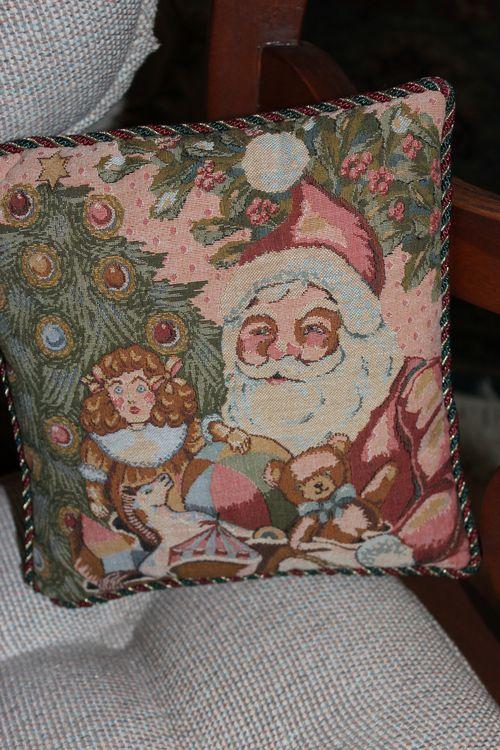 Christmas holiday decor 2011 162