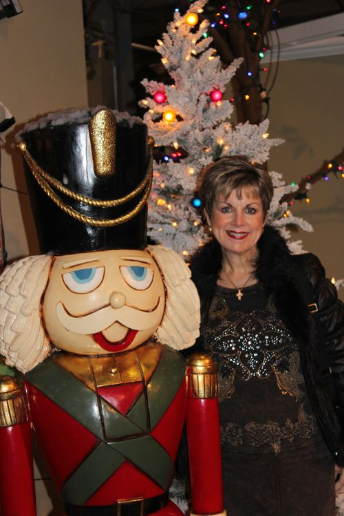 Christmas holiday decor 2011 238