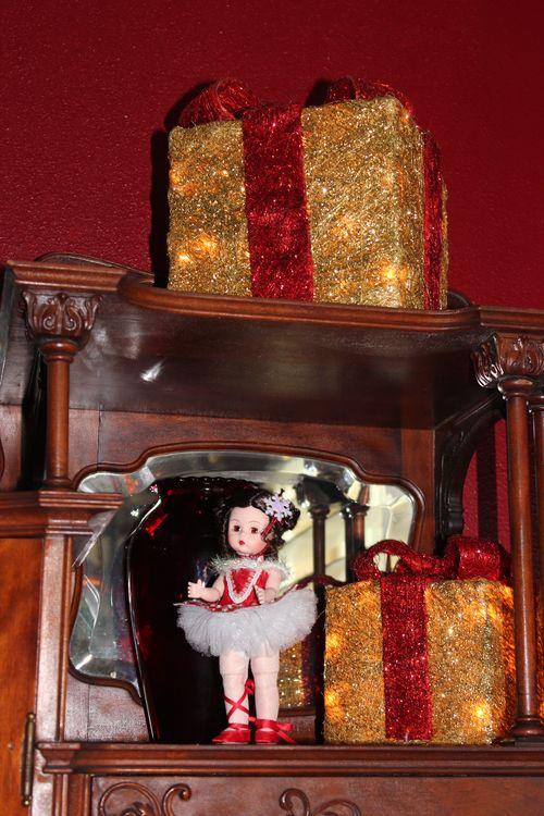 Christmas holiday decor 2011 156