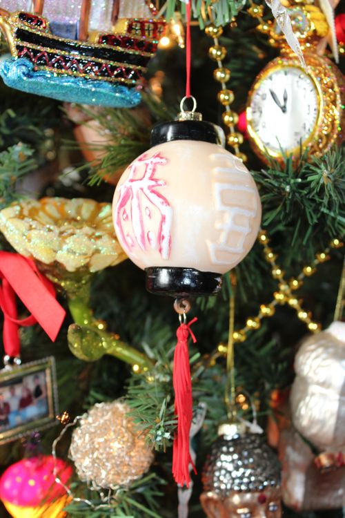 Christmas holiday decor 2011 024