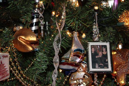 Christmas Day 2011 Poulsbo, WA  (Kim and Mark 56, Elliott 22 yrs 186