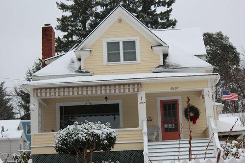 First snow of season Jan. 26, 2012 Poulsbo 051
