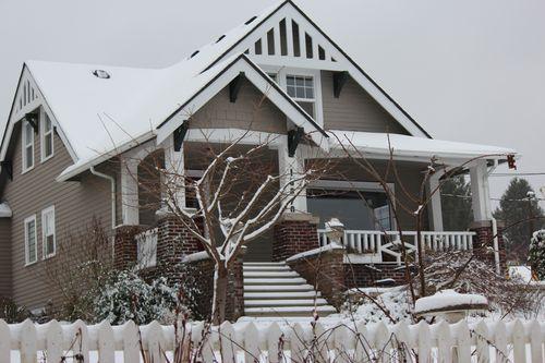 First snow of season Jan. 26, 2012 Poulsbo 052