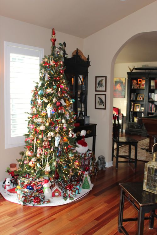 Christmas holiday decor 2011 020