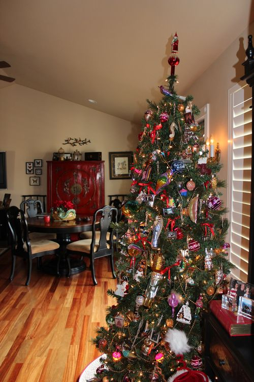 Christmas holiday decor 2011 062