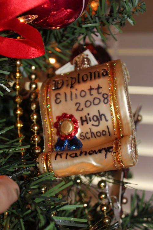 Christmas holiday decor 2011 041
