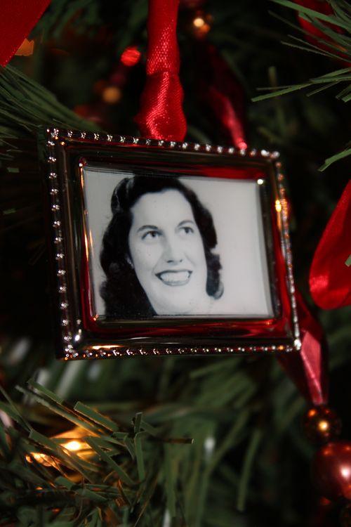 Christmas holiday decor 2011 153
