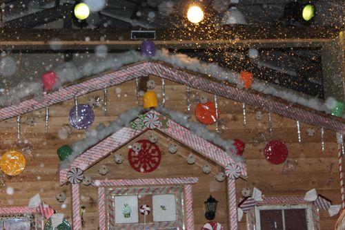 Christmas holiday decor 2011 200