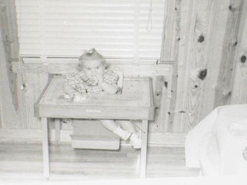 Childhood photos of Kim 011